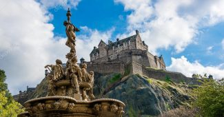 depositphotos_78008464-stock-photo-edinburgh-castle-scotland
